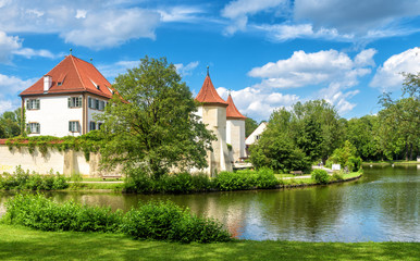 Fototapete - Blutenburg Castle in Munich, Germany. It is a tourist attraction of Munich city. Scenic panorama of old castle on Wurm River in Bavaria. Beautiful view of medieval architecture of Munich in summer.