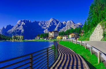 Foto auf Leinwand Dunkelblau Misurina lake in Dolomites, Italy landscape