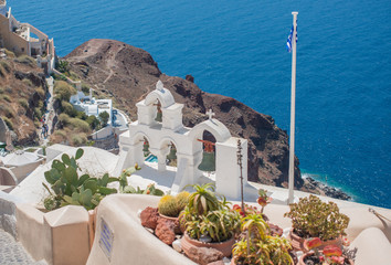 Picturesque view of traditional Santorini streets, Location: Oia village, Santorini, Greece....