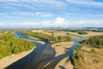Le bec d'Allier, la Loire et l'Allier se rejoignent à Nevers Fototapete