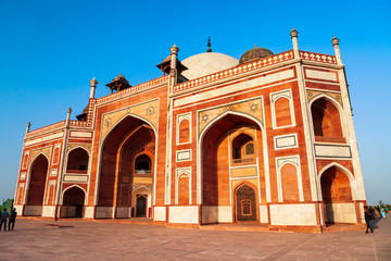 Fototapete - Humayuns tomb in Delhi, India