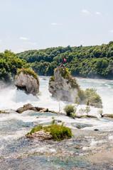 Schaffhausen, Rheinfall, Rhein, Wasserfall, Rheinfallbecken, Felsen, Fluss, Rheinfallfelsen, Neuhausen, Sommer, Schweiz