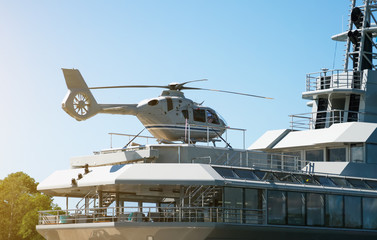 Poster Helicopter Private luxury ship with helipad. Close-up view.