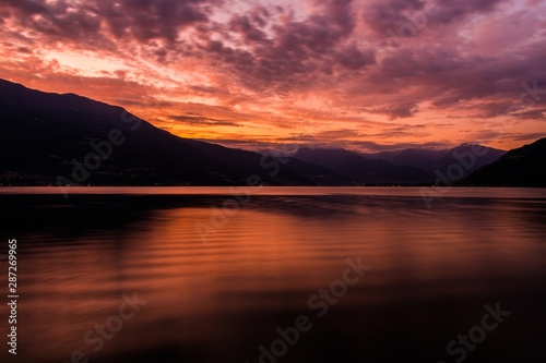 Wall mural Scenic Sunset at the Como
