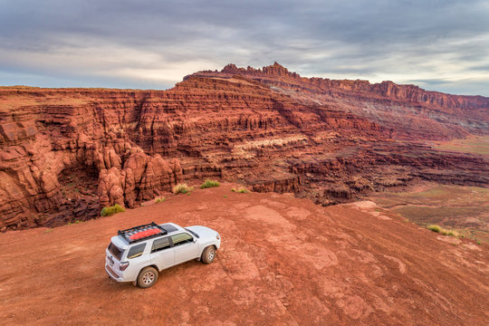 Toyota 4runner SUV on a desert trail
