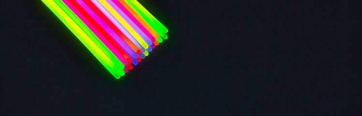 New colors of glow sticks for night party