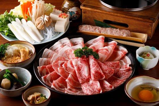 Japanese food sukiyaki Shabu-shabu