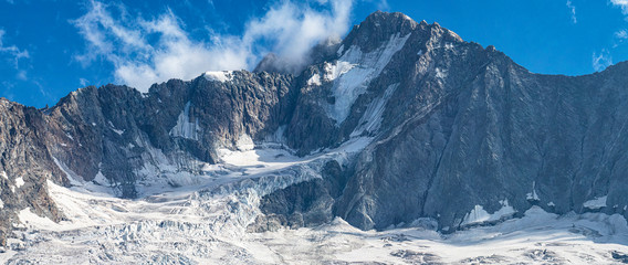 Foto op Canvas Alpen Glacier moraine of Disgrazia mount in the italian alps in Valmalenco