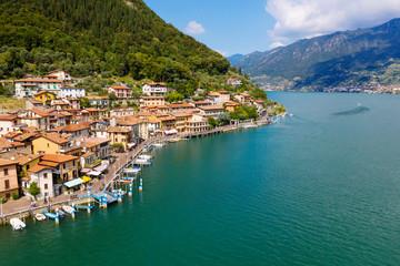 Lago D'Iseo (IT) - Peschiera Maraglio - vista aerea