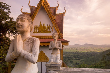 CAMBODIA BATTAMBANG WAT PHNOM SAMPEAU