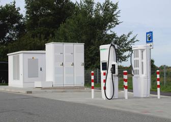 E-Tankstelle große Ladestation