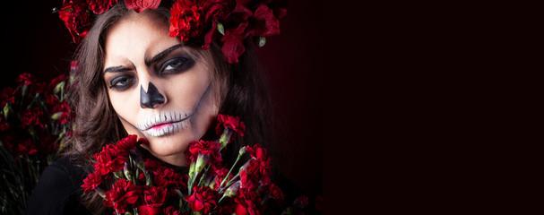 Woman make up as a terrifying skeleton.