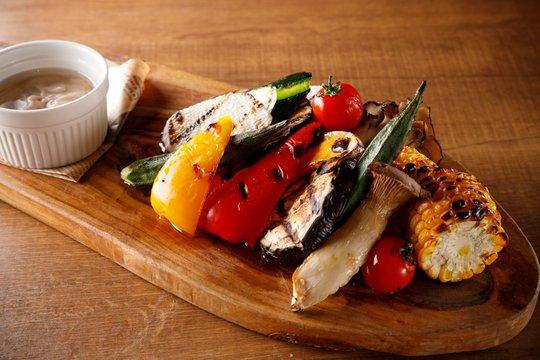 bagne cauda , grilled vegetables