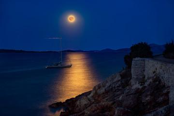 Croazia al chiaro di Luna