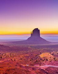 Fotobehang Snoeien View of Monument Valley at dawn near the border of Arizona and Utah in Navajo Nation Reservation in USA.