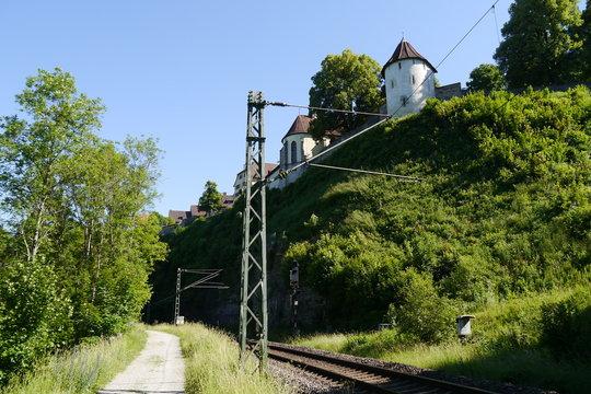 Bahnstrecke unter der Stadtmauer in Rottweil