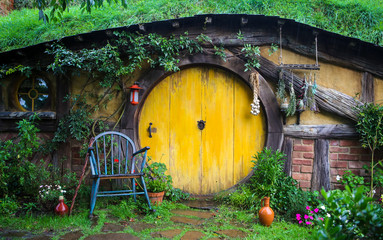 Hobbit Hole / House at Hobbiton Movie Set for Lord of the Rings and Hobbit Films in Matamata, New Zealand