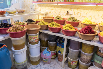 Sales of fruits, vegetables and legumes,Tarshi