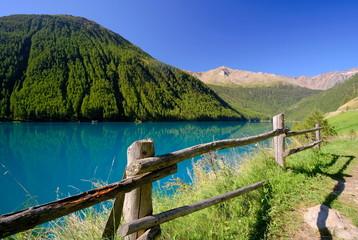 Foto auf Acrylglas Pistazie Südtirol Vernagt Stausee Schnalstal