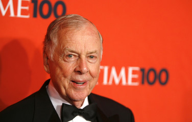 Entrepreneur T. Boone Pickens arrives for the Time 100 Gala in New York