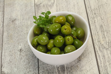 Green Campo Real olives in the bowl