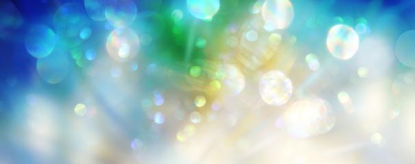 Explosion funkelnden Lichts versprüht Energie als Vorlage zur individuellen Gestaltung mit Freiraum für Text oder Logo