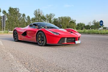 Supercar La Ferrari n Mille Miglia 2015