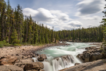 Foto auf Leinwand Fluss Sunwapta Falls