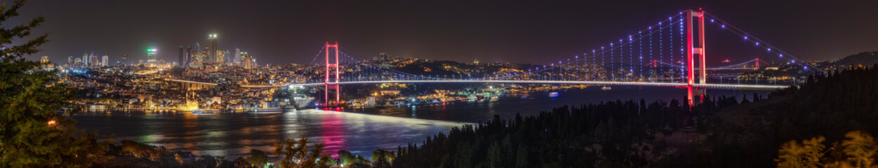 Staande foto Bruggen Istanbul Bosphorus panoramic photo. Istanbul landscape beautiful sunset with clouds Ortakoy Mosque,Bosphorus Bridge, Fatih Sultan Mehmet Bridge, Yavuz Sultan Selim Bridge Istanbul Turkey