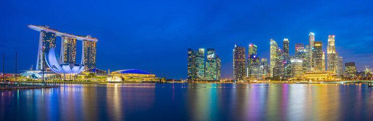 Wall Mural - Panorama view of Singapore bay and skyline at night