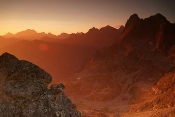 Photo sur Plexiglas Rouge mauve Tatry Wschód Słońca