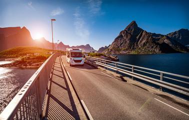 VR Caravan car travels on the highway. Fototapete