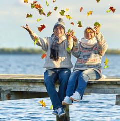Freude am See im Herbst