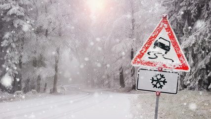 race in the snow - warning sign before the ice break