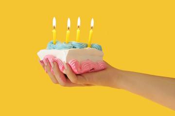 Cake Hand