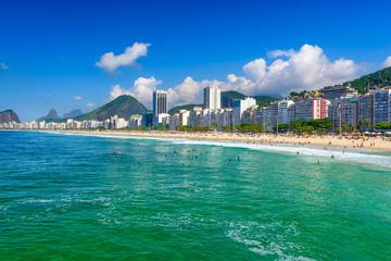 Fotomurales - Copacabana beach and Leme beach in Rio de Janeiro, Brazil. Copacabana beach is the most famous beach in Rio de Janeiro. Sunny cityscape of Rio de Janeiro
