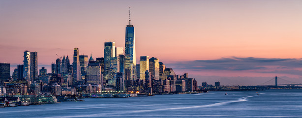 Aluminium Prints New York One World Trade Center and skyline of Manhattan in New York City, USA