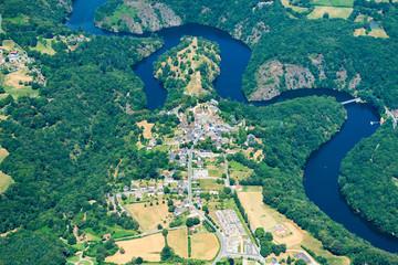 Papiers peints Bleu vert Crozant et ses ruines - Vallée des peintres - Creuse