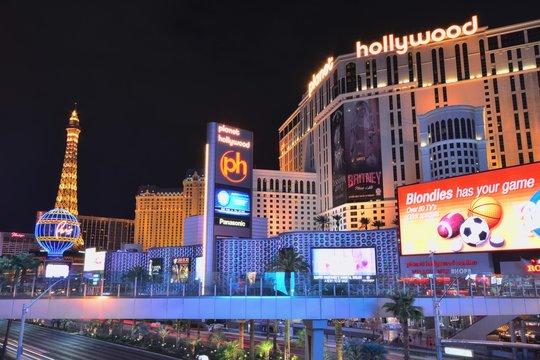 Las Vegas, Usa - July 25, 2017: Las Vegas Strip on Las Vegas boulevard in front of Planet Hollywood Resort and Casino on July 25, 2017 in Las Vegas, USA.