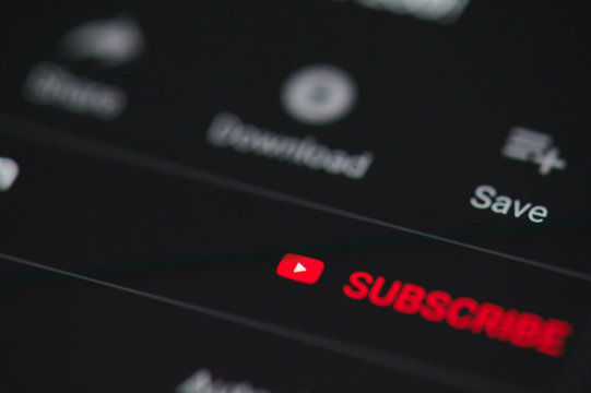 Subscribe sign on youtube video