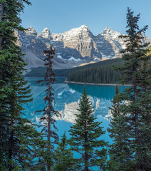 Moraine Lake in the valley of 10 peaks