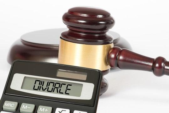 Ein Richterhammer, Scheidung und Taschenrechner