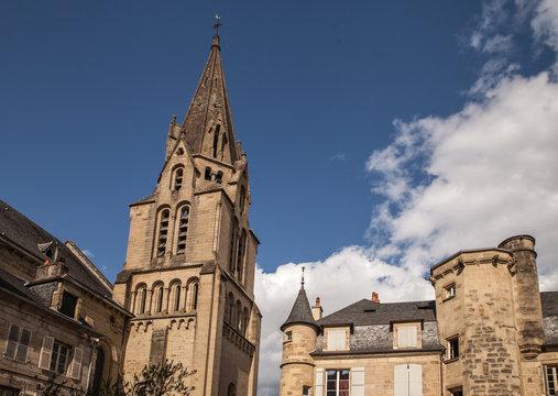 Brive la Gaillarde (Corrèze, France) - Collégiale Saint Martin et place Latreille