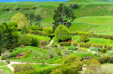 Deurstickers Pistache MATAMATA, NEW ZEALAND - OCTOBER 10, 2018: Landscape of the Hobbiton Movie Set.