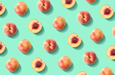Foto op Plexiglas Keuken Colorful fruit pattern of fresh peaches