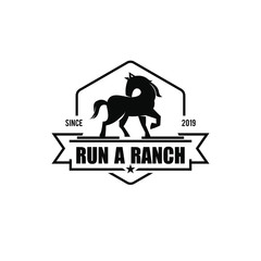 simple black vintage badge horse ranch logo design