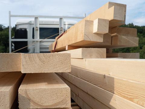Konstruktionsvollholz - Bauholz für Zimmermann