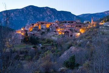 Papiers peints Saumon Cadi-Moixero Natural Park, Arseguel Village, Alt Urgell, Lleida, Catalunya, Spain