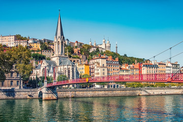 Photo sur Aluminium Con. Antique City of Lyon in daytime