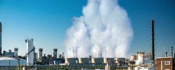 co2 emission from factory clouds
